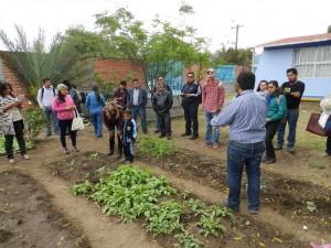 Visita a una escuela primaria en Oaxaca, Méx. Durante el 6o encuentro de la Red.